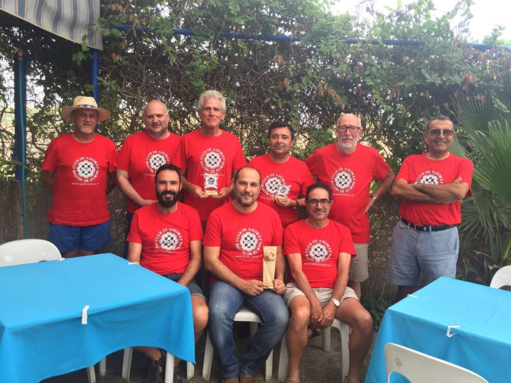 Foto Equipo Club de ajedrez Balcón de Europa.